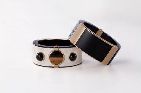 gelang-pintar-intel-001-bramy-biantoro